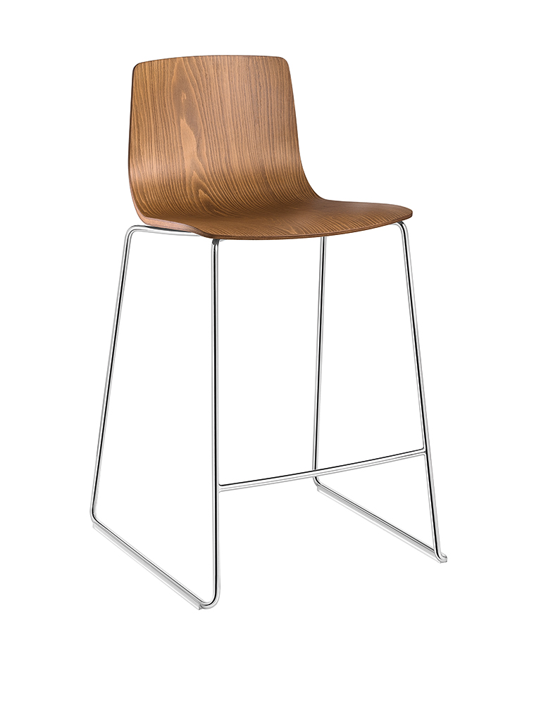 Aava 3911 chair by Arper