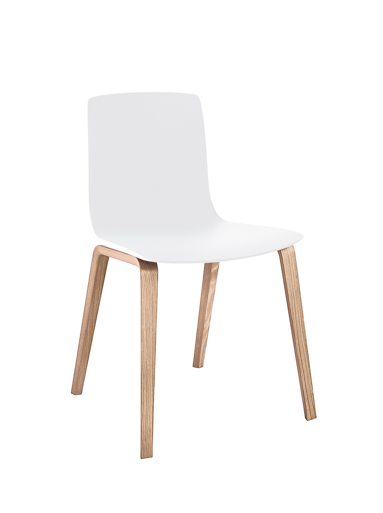 Aava 3947 chair by Arper