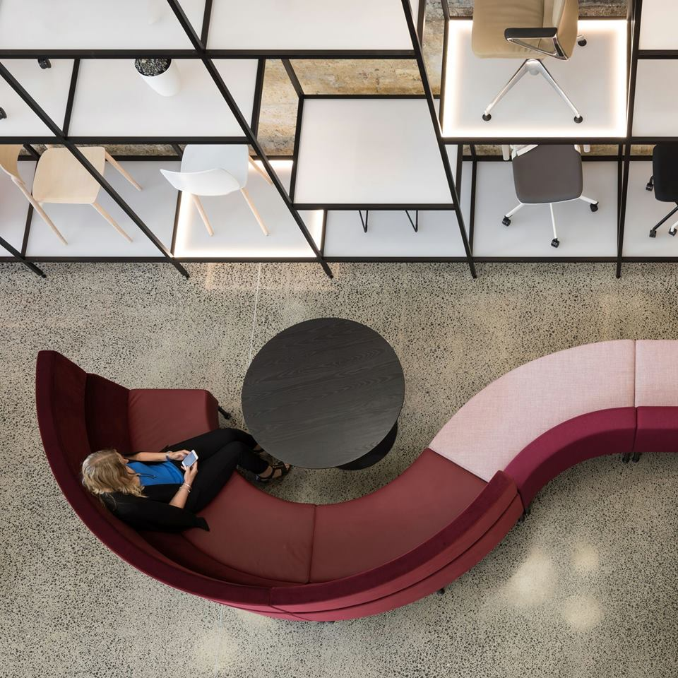 Aspect Furniture System's Curved Hive